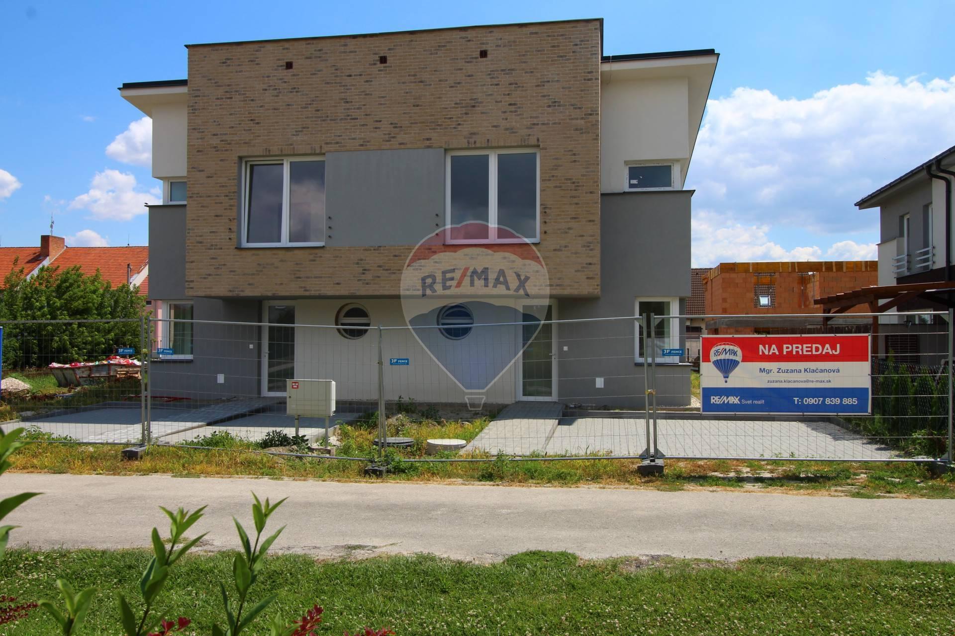 VIDEOOBHLIADKA: PREDAJ 4 izb. rodinného domu, Hurbanova Ves, novostavba v štandarde