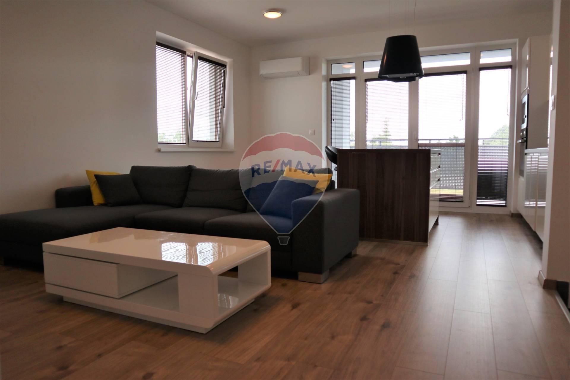 PREDAJ 3 izb. bytu s terasou vo Veľkom Biely