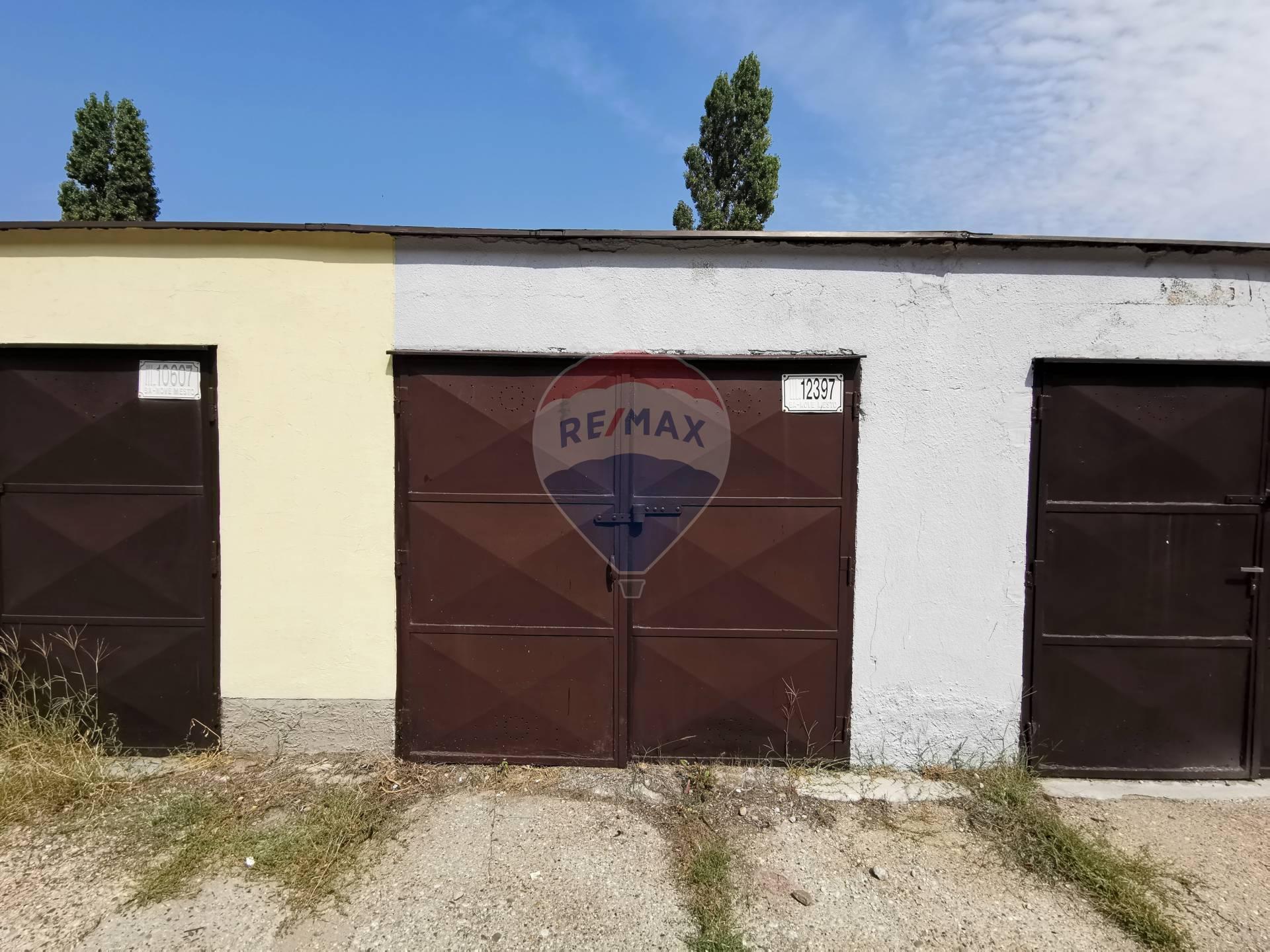 PREDAJ garáže, 19m2, Bratislava - Nové Mesto