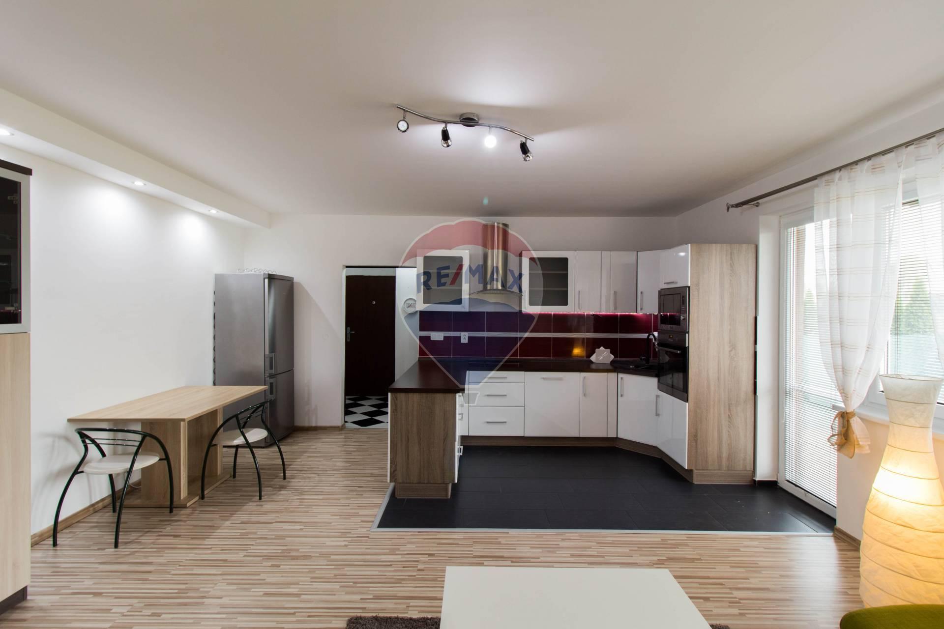 PRENÁJOM: 2 izbový zariadený byt, HRUBÁ BORŠA