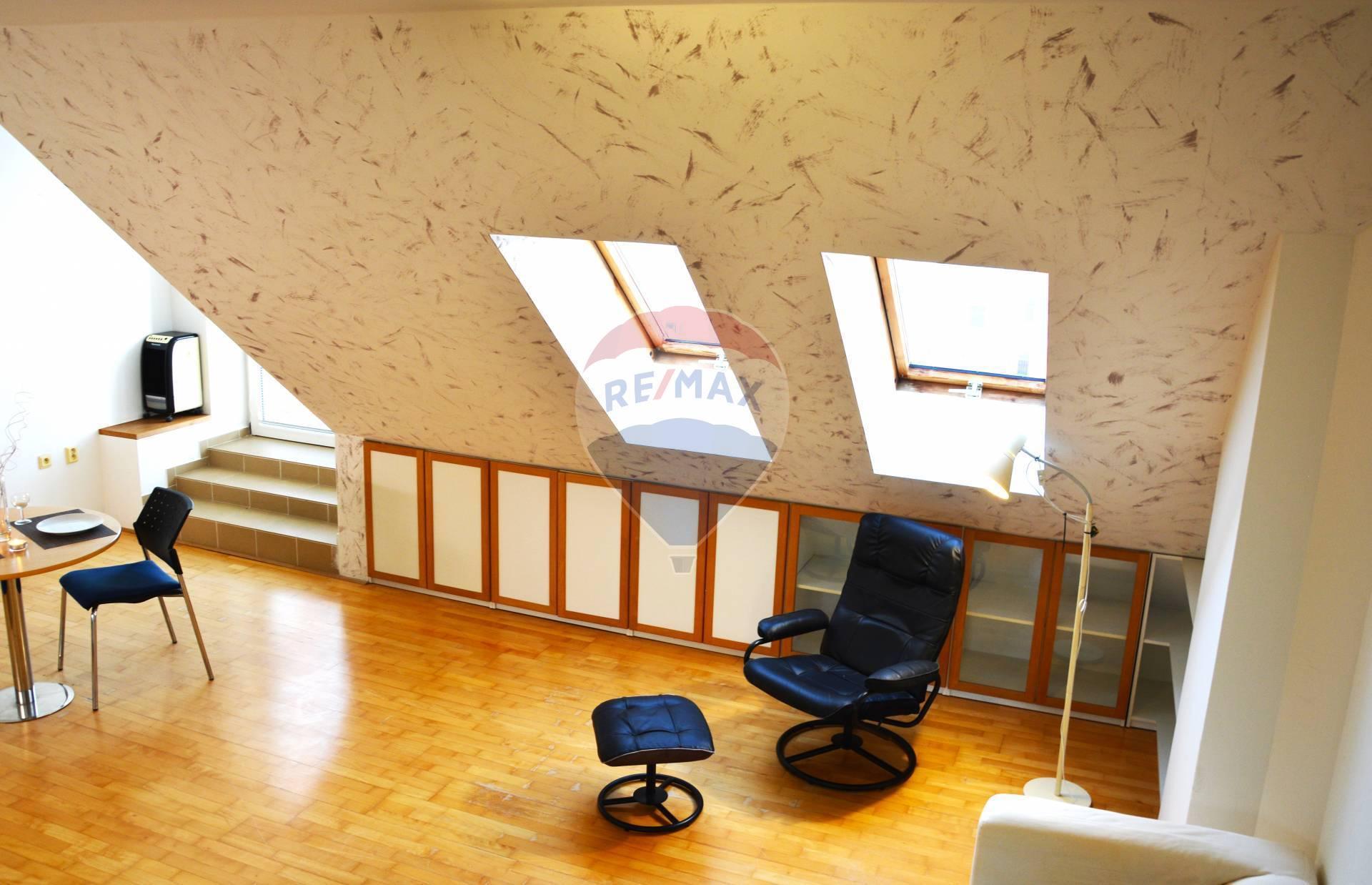 Prenájom 2 izb. bytu v Senci, Kollárova ul., centrum