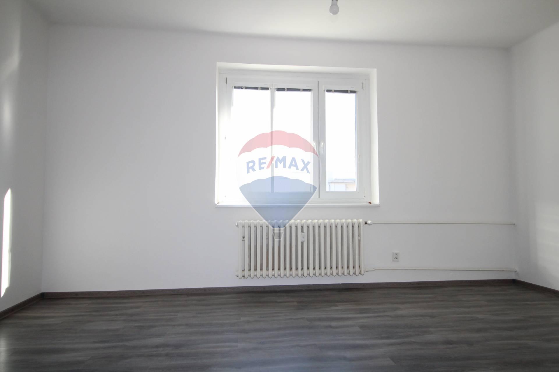 PREDAJ 1 izb. bytu, Športová ul., Bratislava, rekonštrukcia