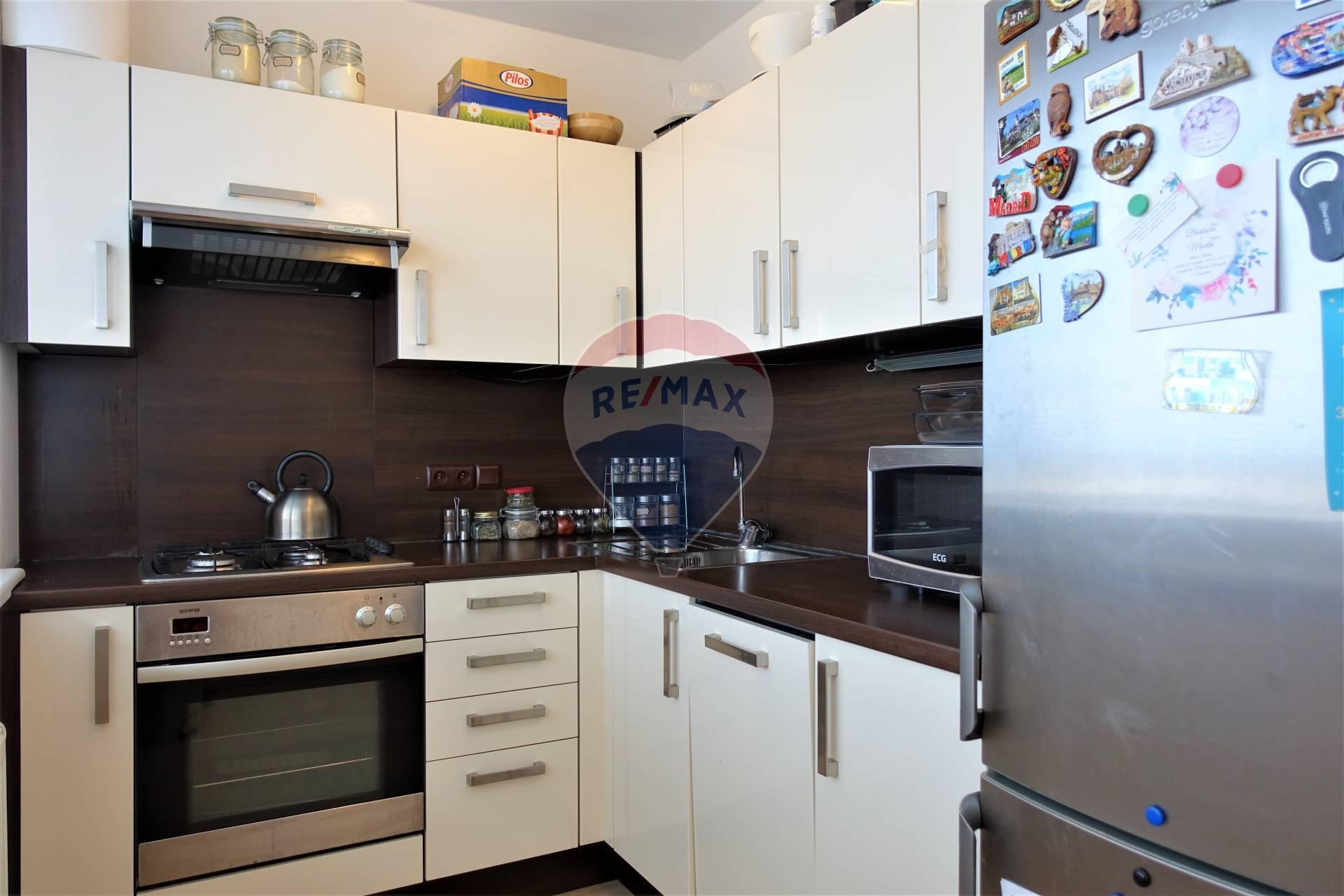 3D prehliadka: Prenájom 2 izb. zariadeného bytu, novostavba, Svätoplukova ul.