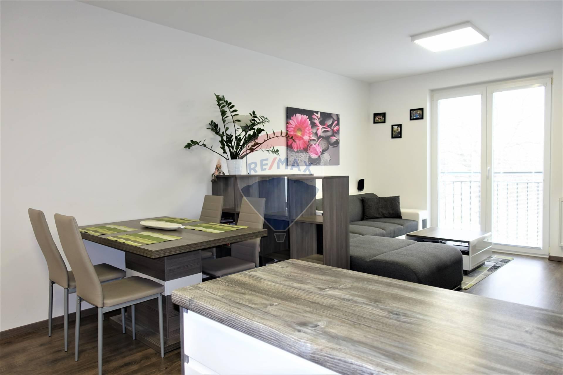Predaj 3 izb. bytu v Senci, novostavba, garáž, Dlhá ul.