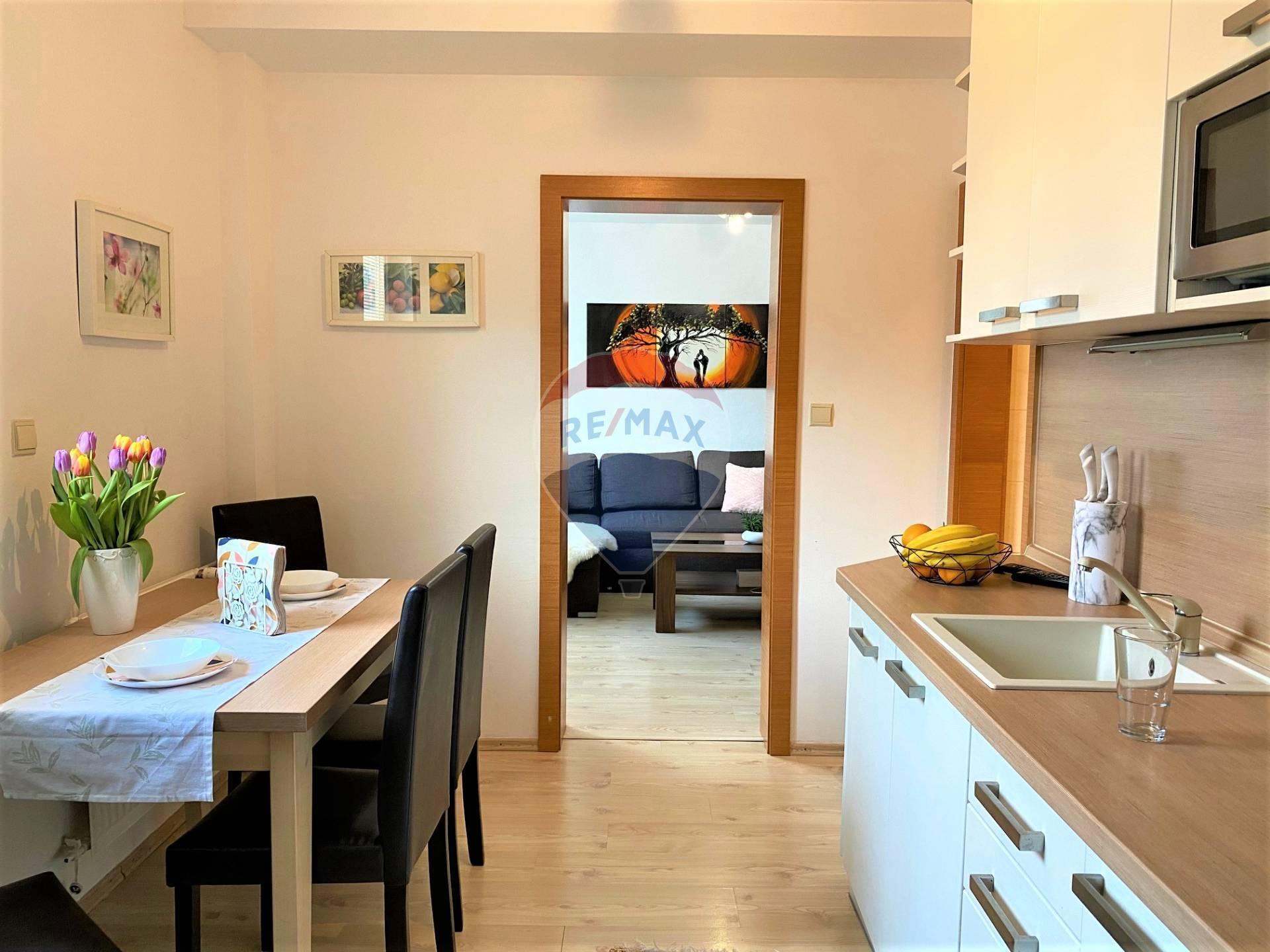 Predaj 2 izb. kompletne zariadeného bytu, J. Murgaša, Senec