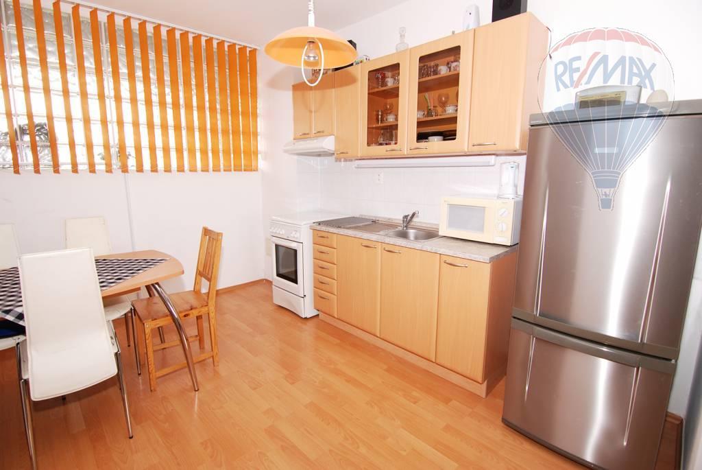 ❗❗PRENÁJOM❗❗zariadený 2 izbový byt s loggiou v novostavbe