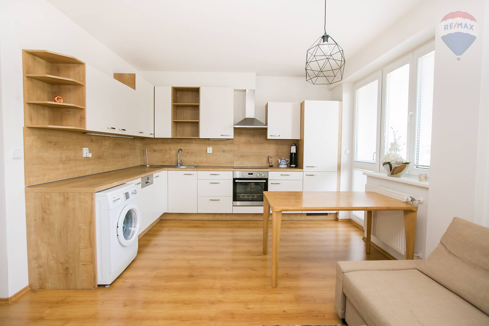 ❗❗NOVOSTAVBA❗❗NA PRENÁJOM kompletne zariadený 2 izbový byt s balkónom