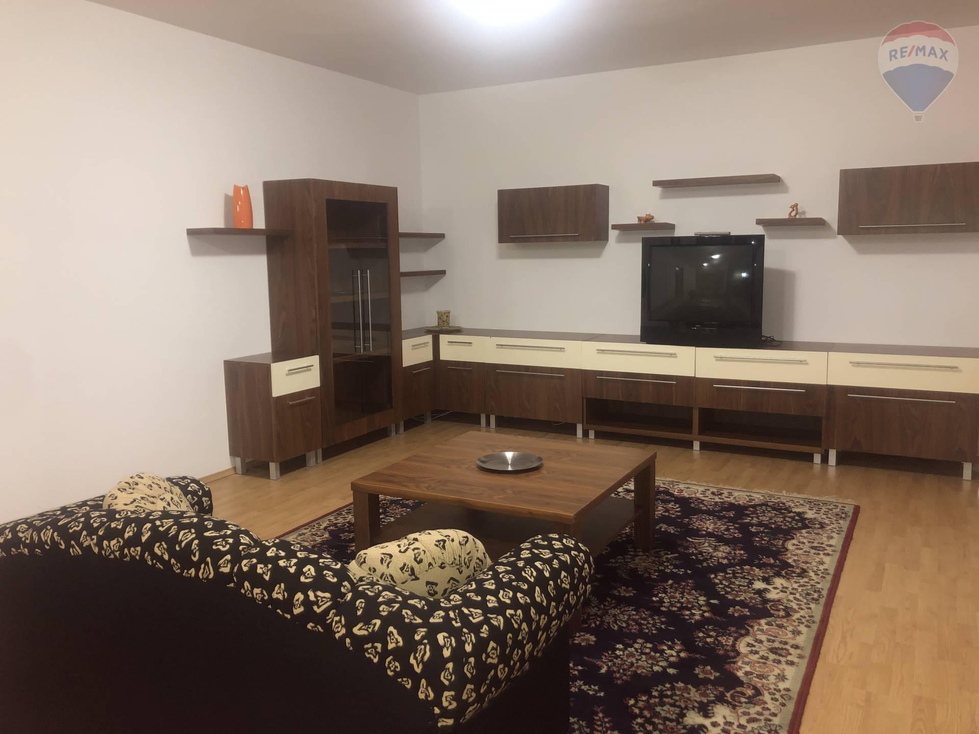 NA PRENÁJOM veľký 3 izbový byt s troma loggiami