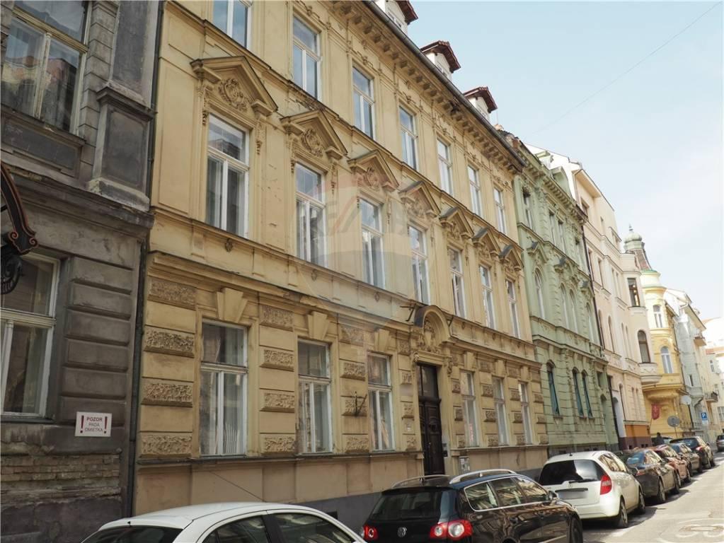 Prenájom komerčného priestoru 80 m2, Bratislava - Staré Mesto - nehnuteľnosť, reality, realitná kancelária