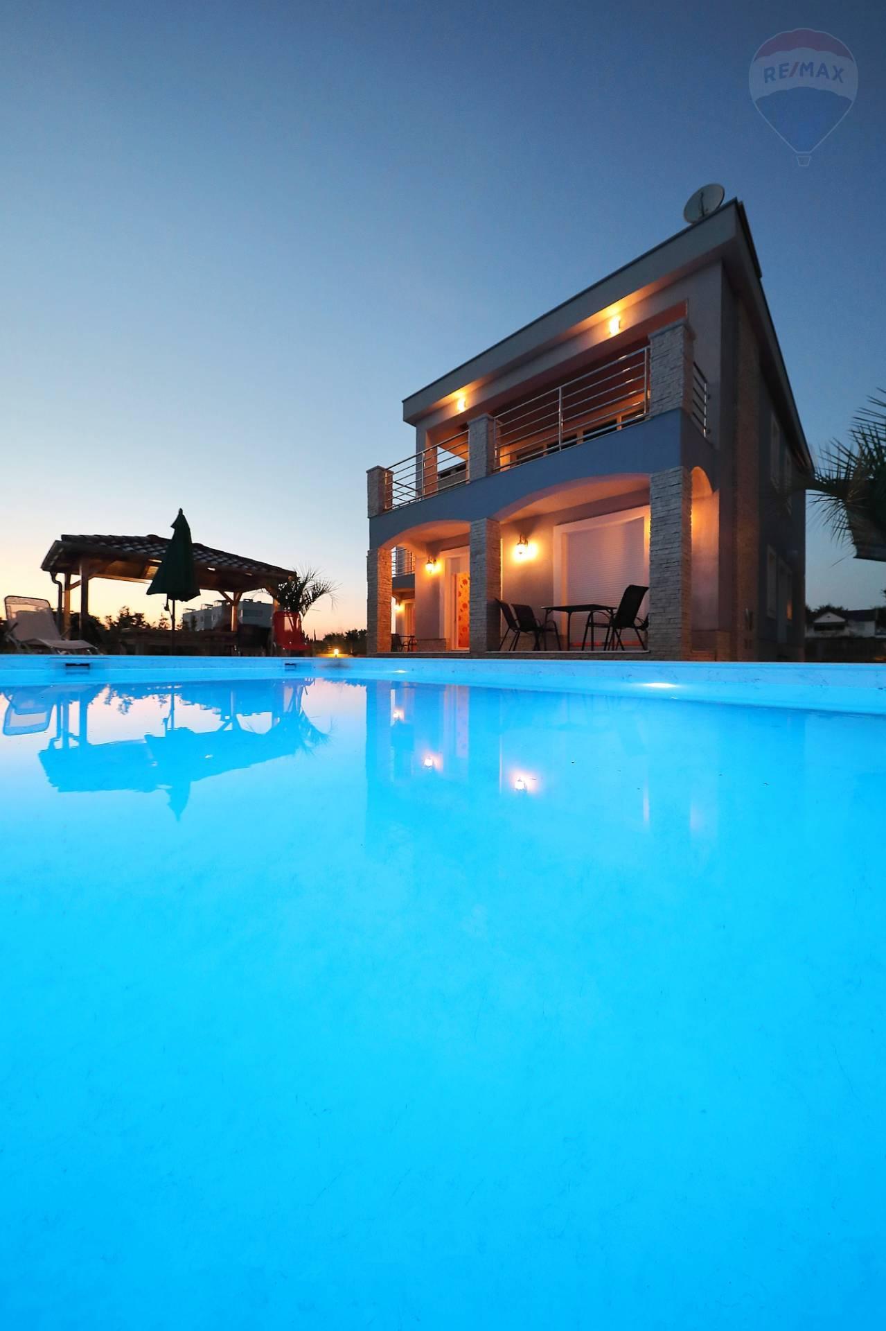 TOP PREDAJ/GREAT OFFER - Luxusné Apartmány Chorvátsko - SKVELÁ INVESTÍCIA!/APARTMENTS FOR SALE