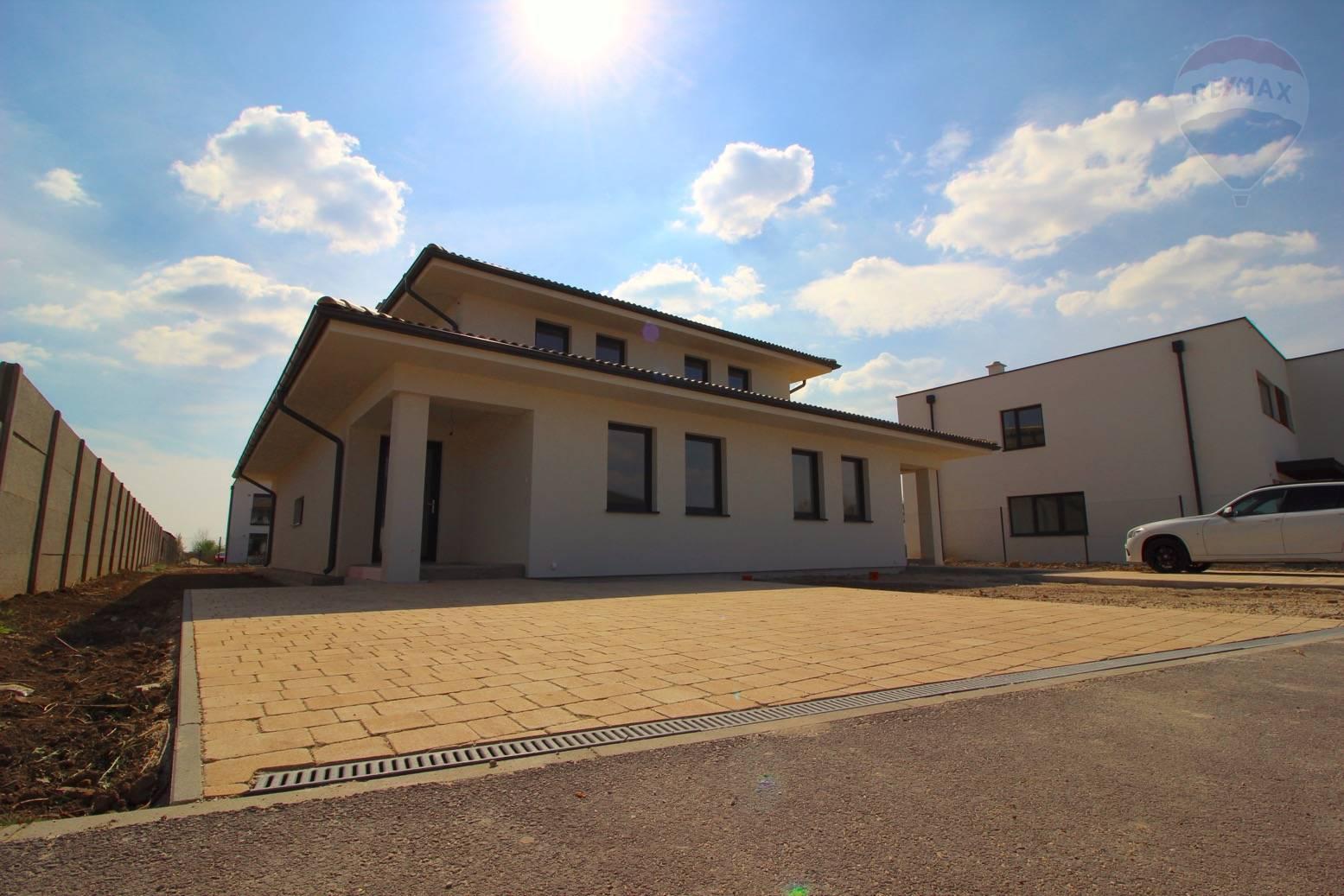 Predaj domu 134 m2, Miloslavov - Rodinný dom II. - Miloslavov - Alžbetin dvor - Exteriér
