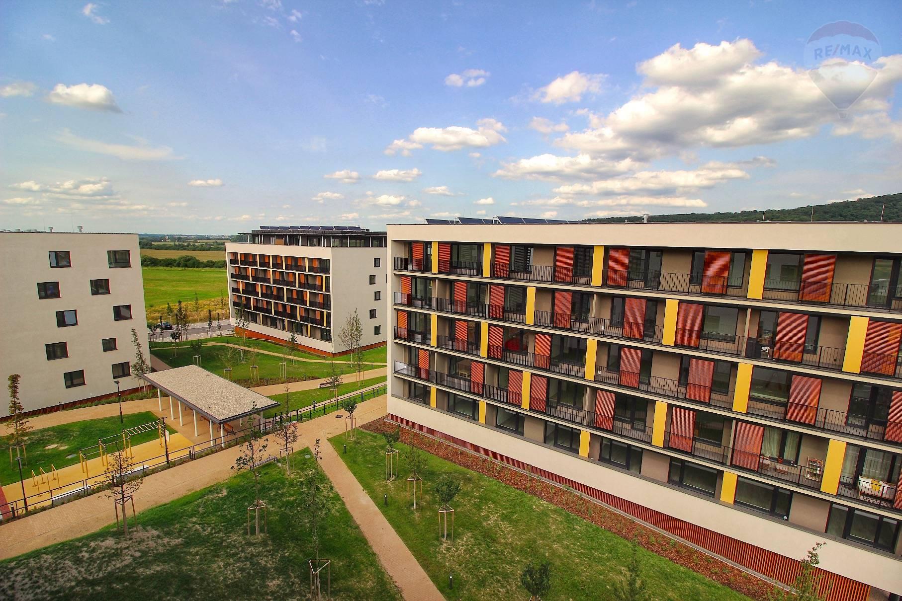 Prenájom bytu (2 izbový) 39 m2, Bratislava - Devínska Nová Ves - ŠTÝLOVÝ A MODERNÝ BYT V NOVOSTAVBE - EŠTE NEOBÝVANÝ - ZARIADENÝ - Bory Bývanie - Top ponuka - Výhľad