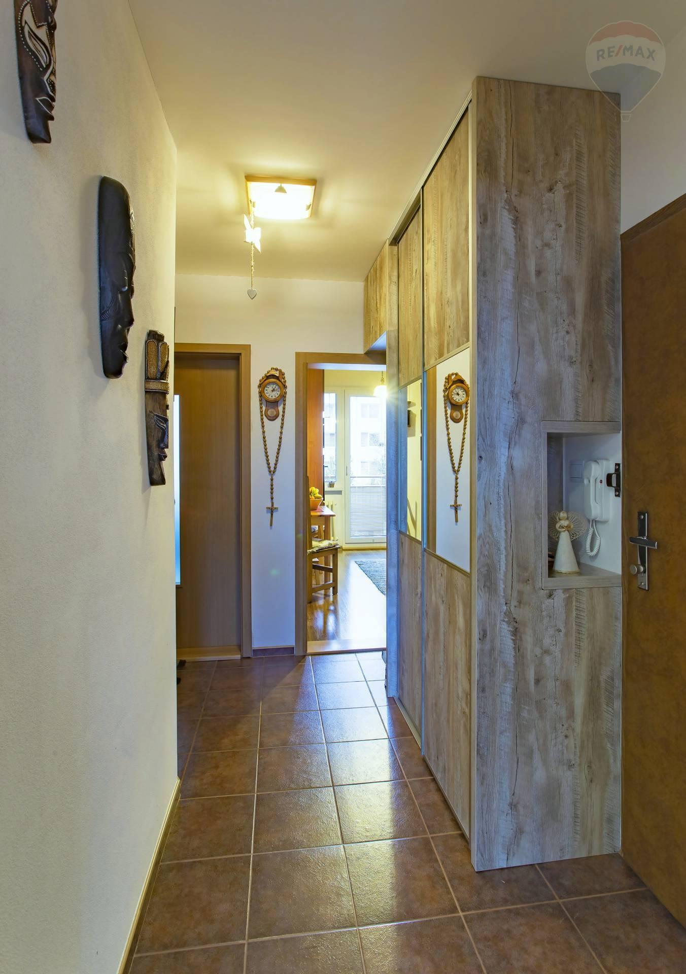 PREDAJ: 2 izbový byt 50 m2, Žiar nad Hronom, časť Etapa- Ul. Svitavská
