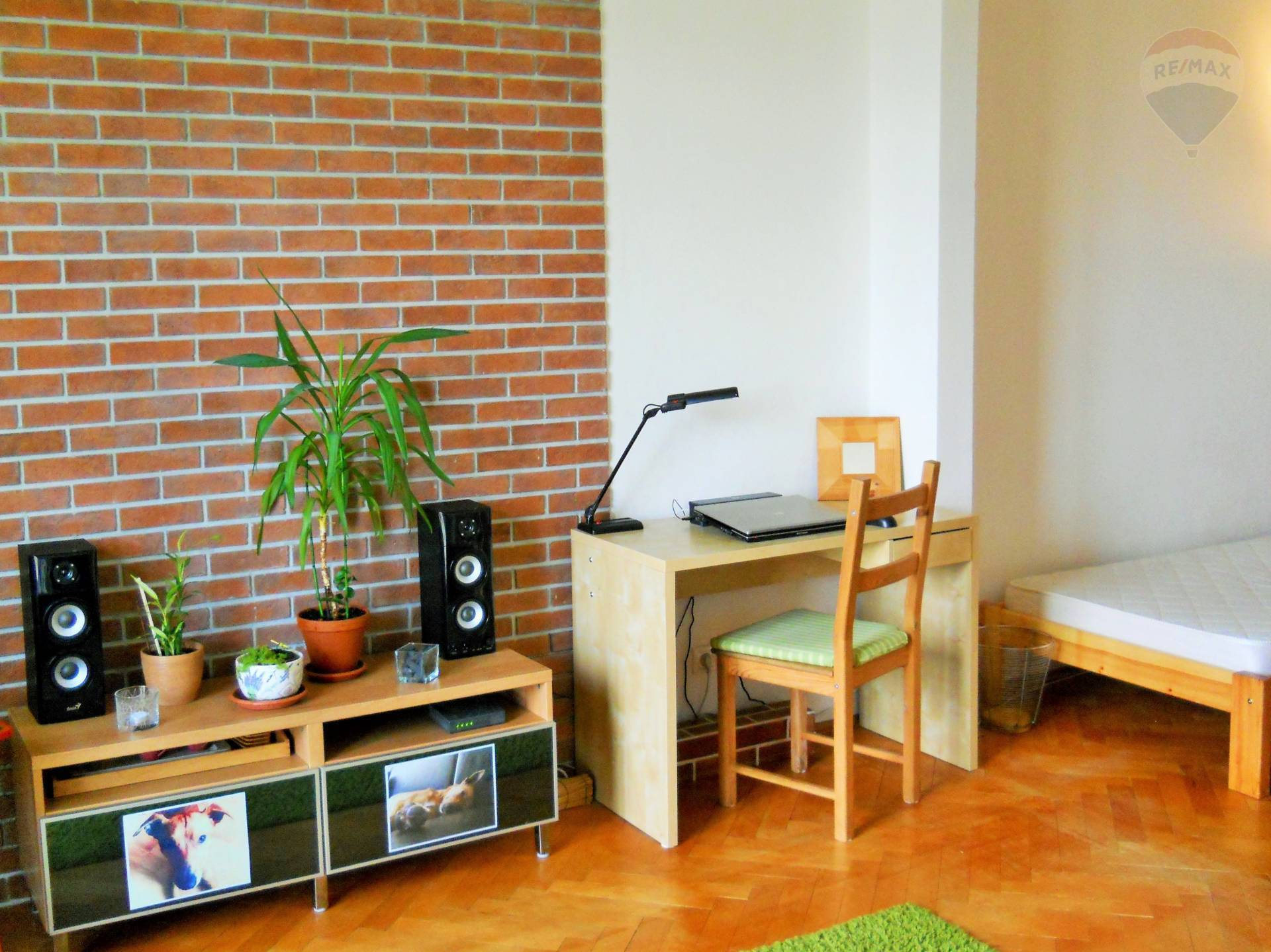 1,5 izbový rekonštruovaný byt na predaj s francúzskym balkónom pri Štrkoveckom jazere