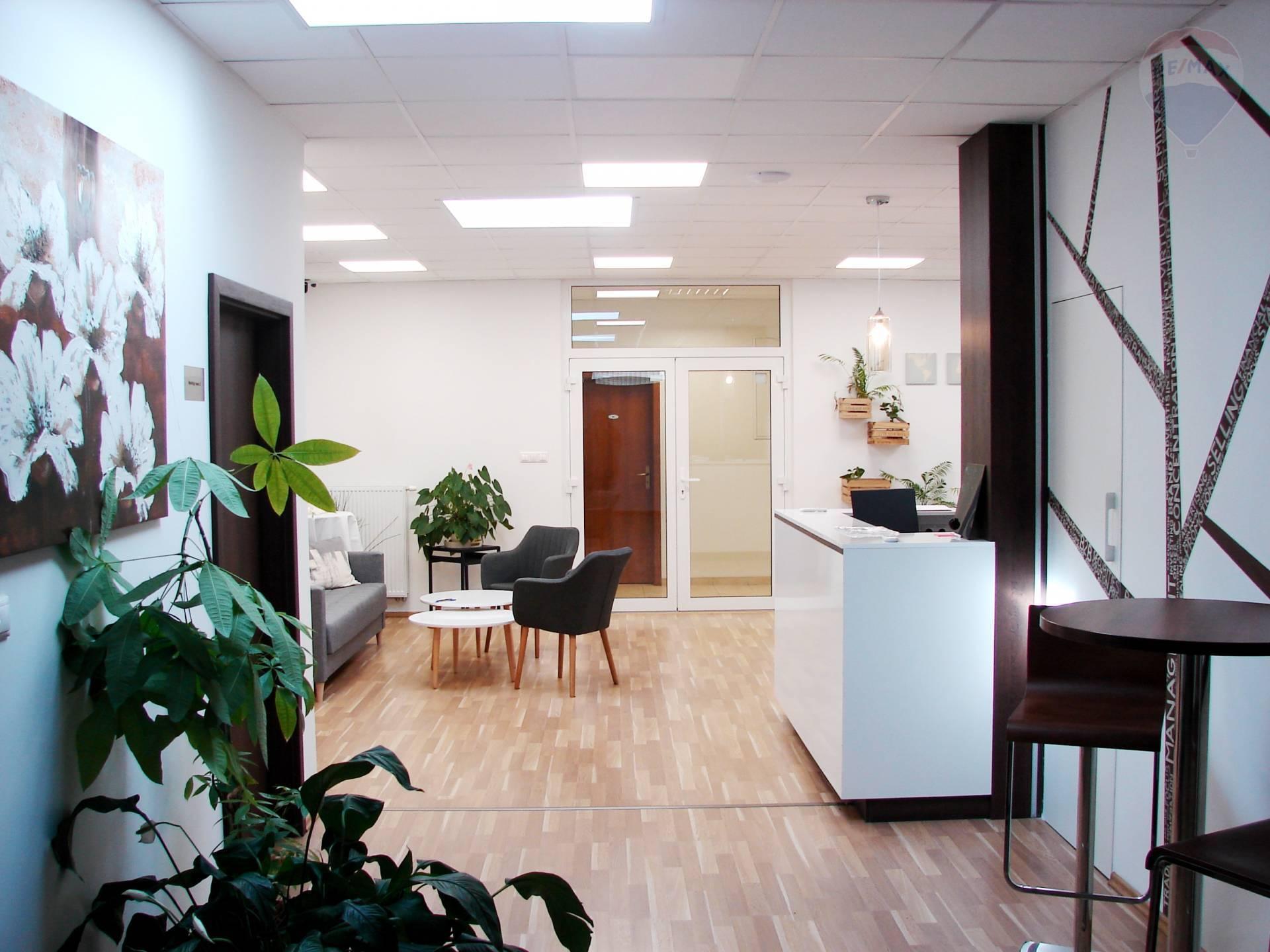 PRENÁJOM: kancelársky/obchodný priestor, NOVOSTAVBA, Mierová ulica
