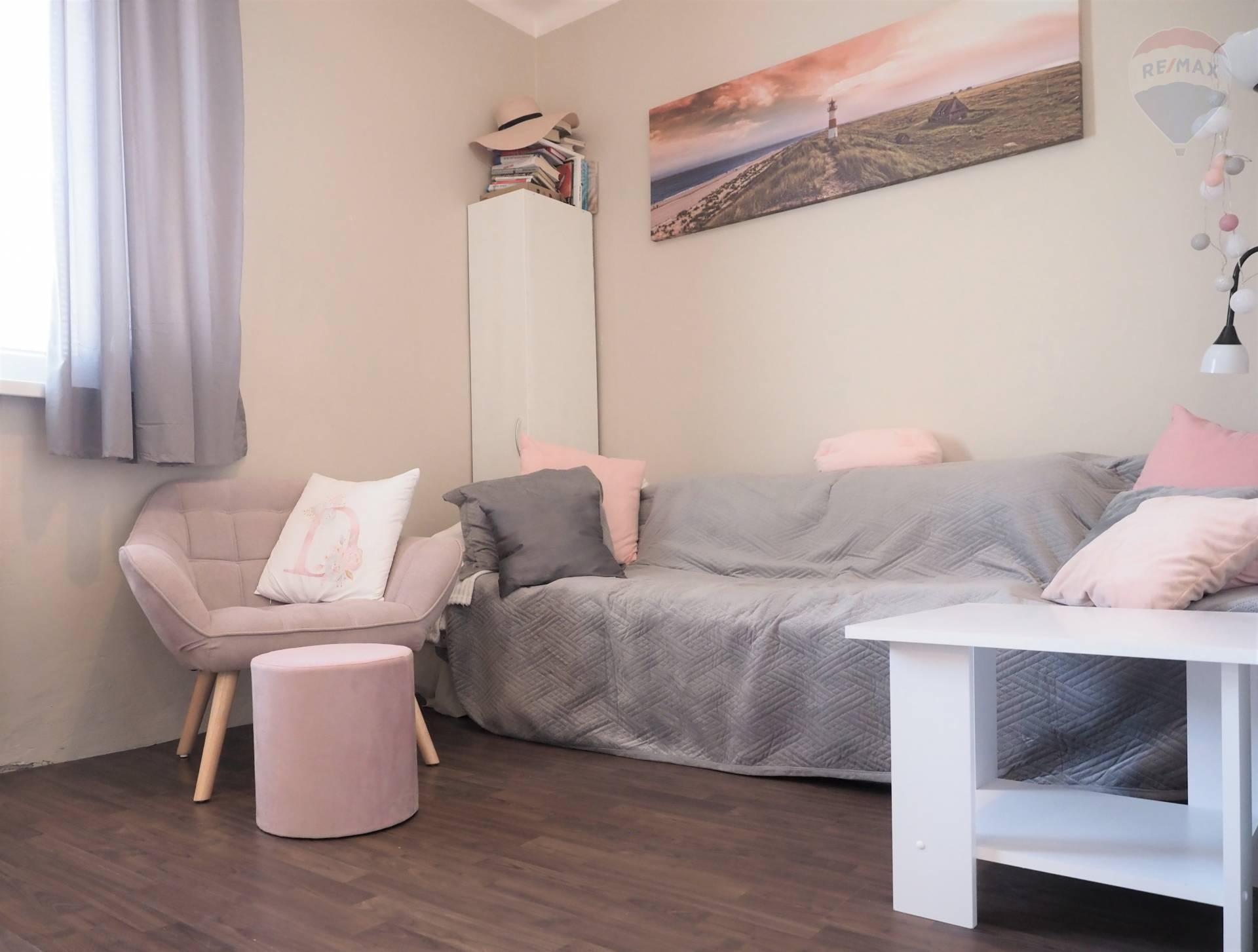 Predaj menšieho 1 izb. tehlového bytu vo vynikajúcej lokalite, Športová ulica