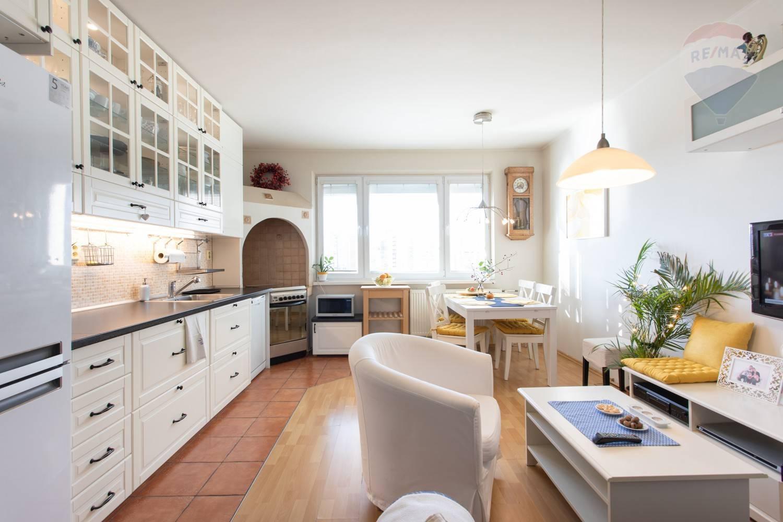 4 izbový byt po dispozičnej zmene Petzržalka
