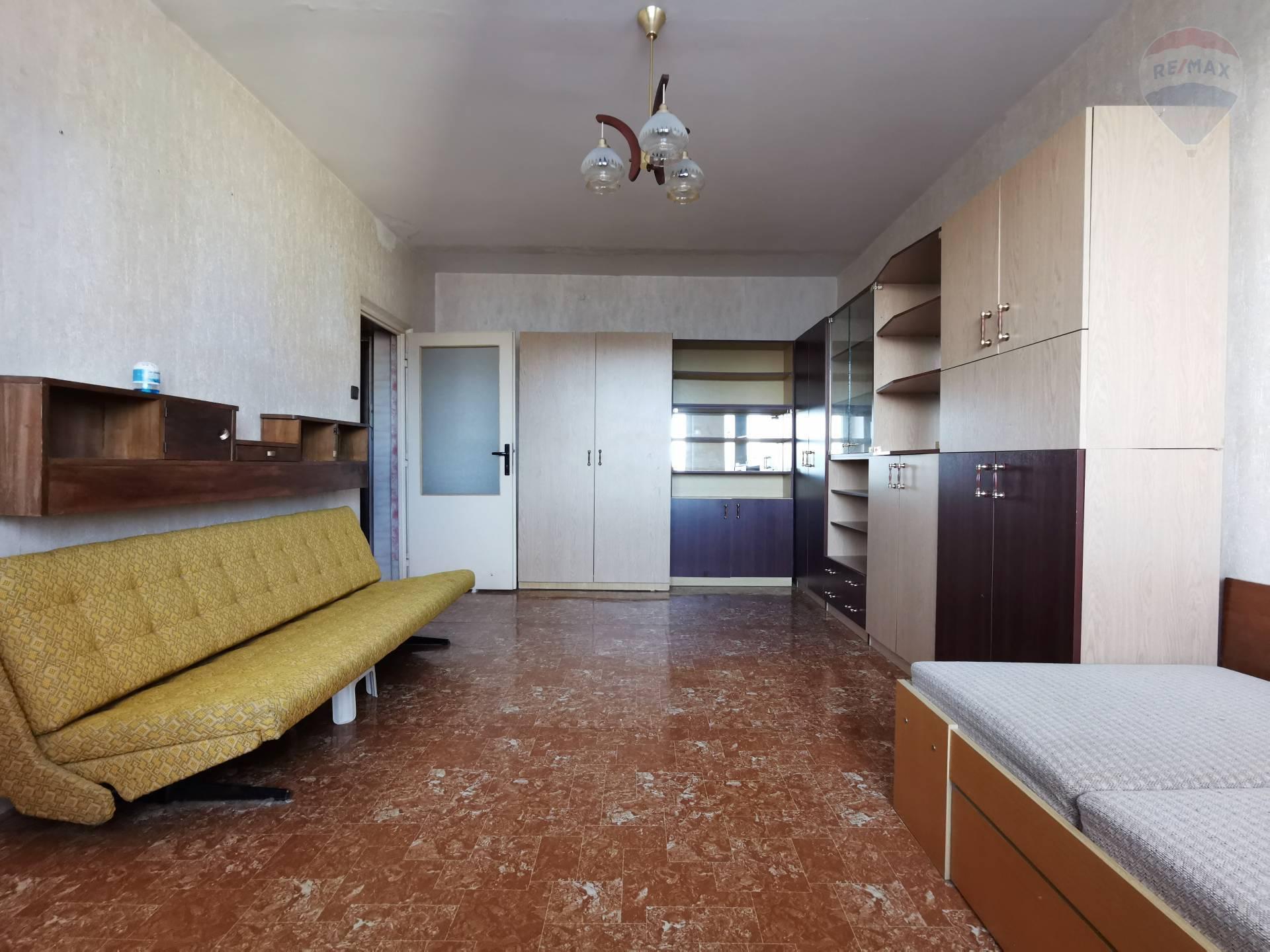 Na predaj 1 izbový byt v Karlovej Vsi, Jurigovo nám.