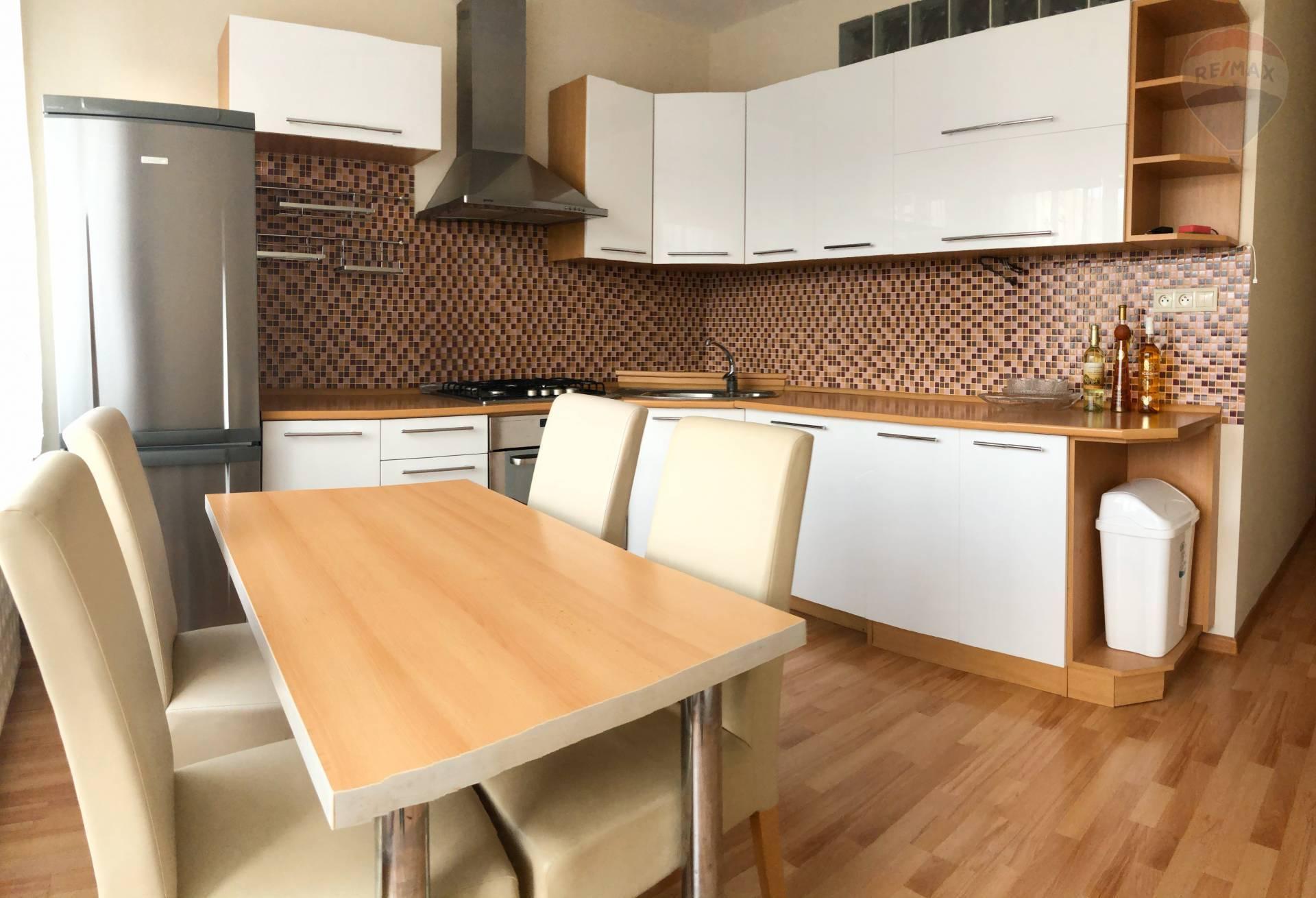 PRENÁJOM: 3-izbový byt 75,6m², Banská Bystrica - Fončorda