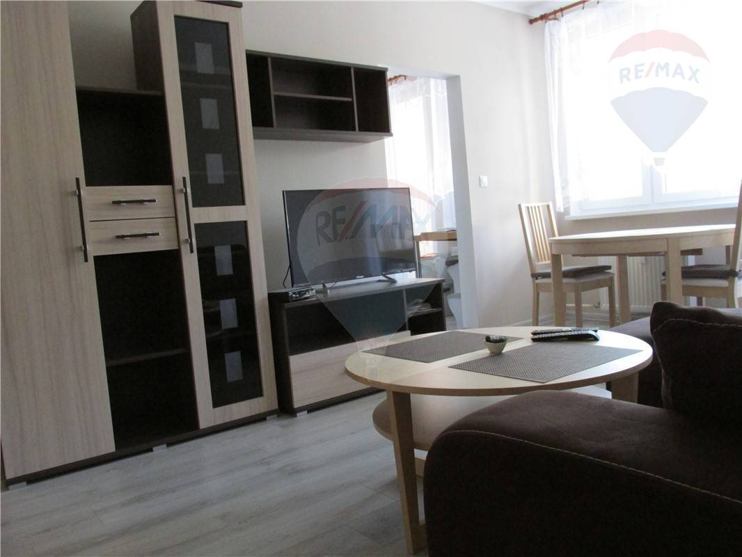 Prenájom  3- izb. byt - Púpavova ul. - 690,-€ s energiami