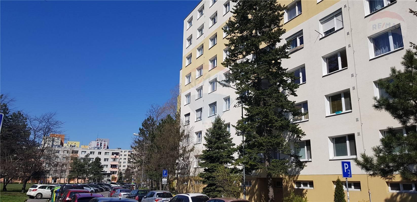 Predaj 2 izb byt - Fedákova - Dúbravka