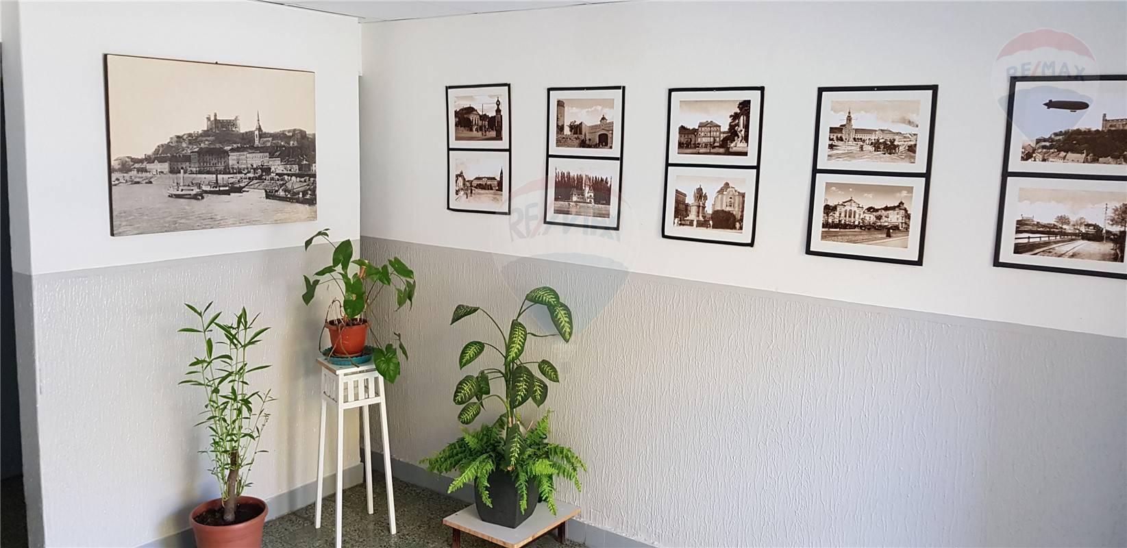 Predaj bytu (2 izbový) 52 m2, Bratislava - Dúbravka -
