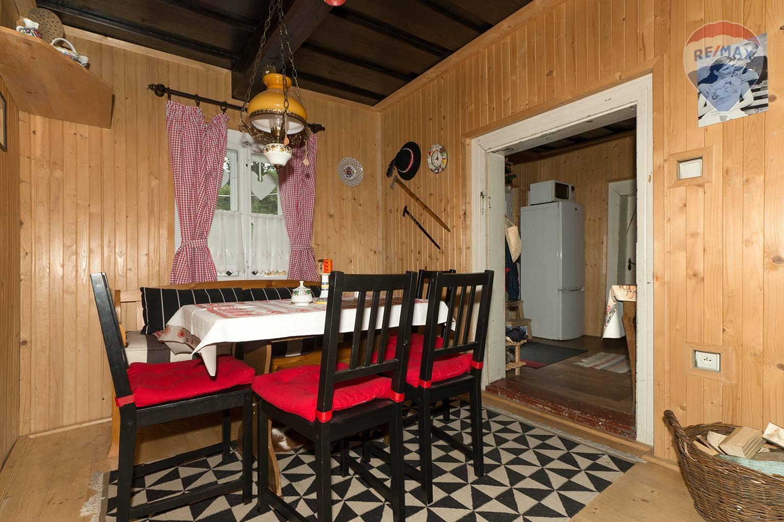Predaj chaty 115 m2, Nižná Boca - jedáleň