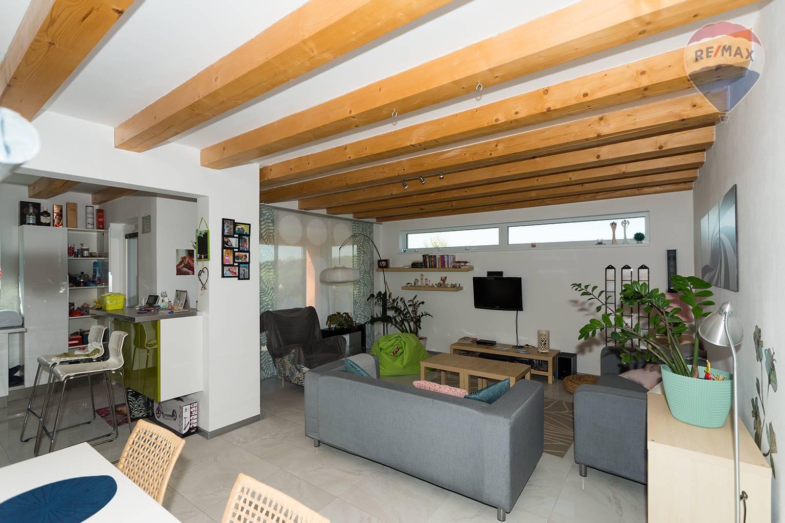 Predaj domu 163 m2, Liptovský Ondrej - spoločenská miestnosť