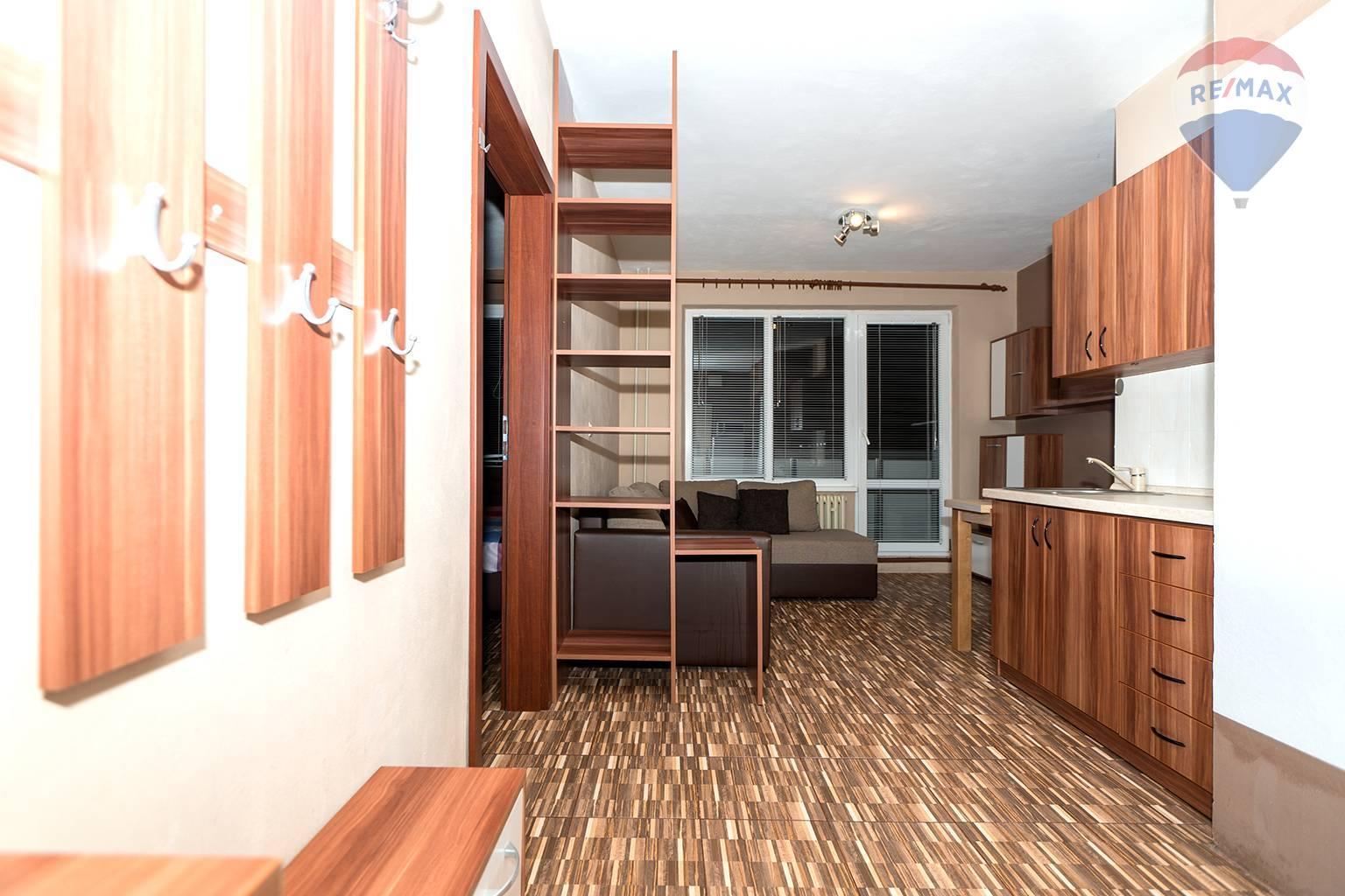 Predám 1 izbový byt, Liptovský Mikuláš - Nábrežie