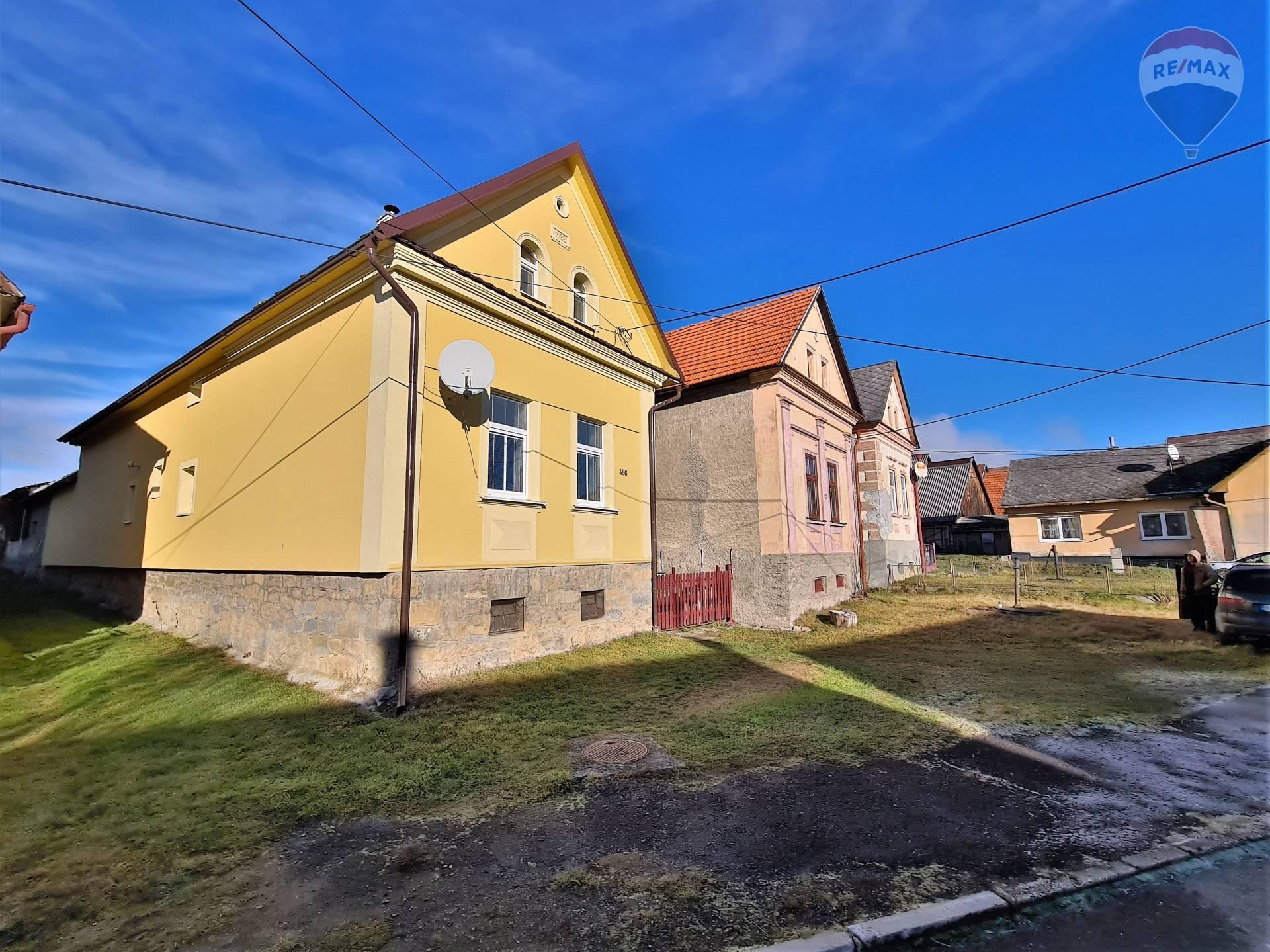 Na predaj rodinný dom po rekonštrukcii, chalupa- Liptov, Hybe