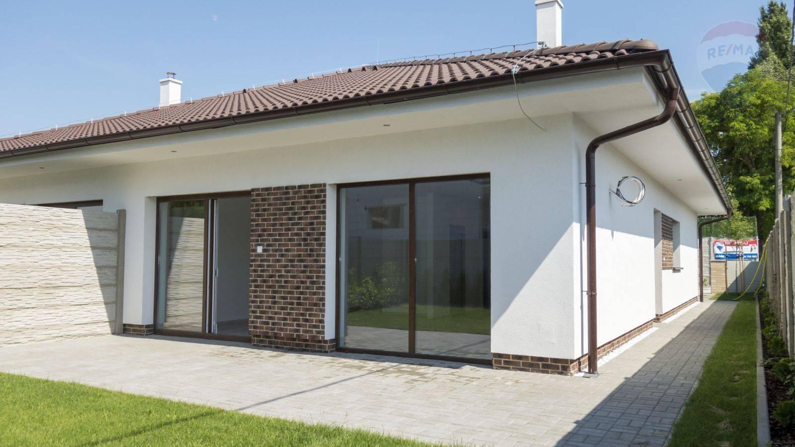 Novostavba - rodinný dom v Mliečne Šamorín