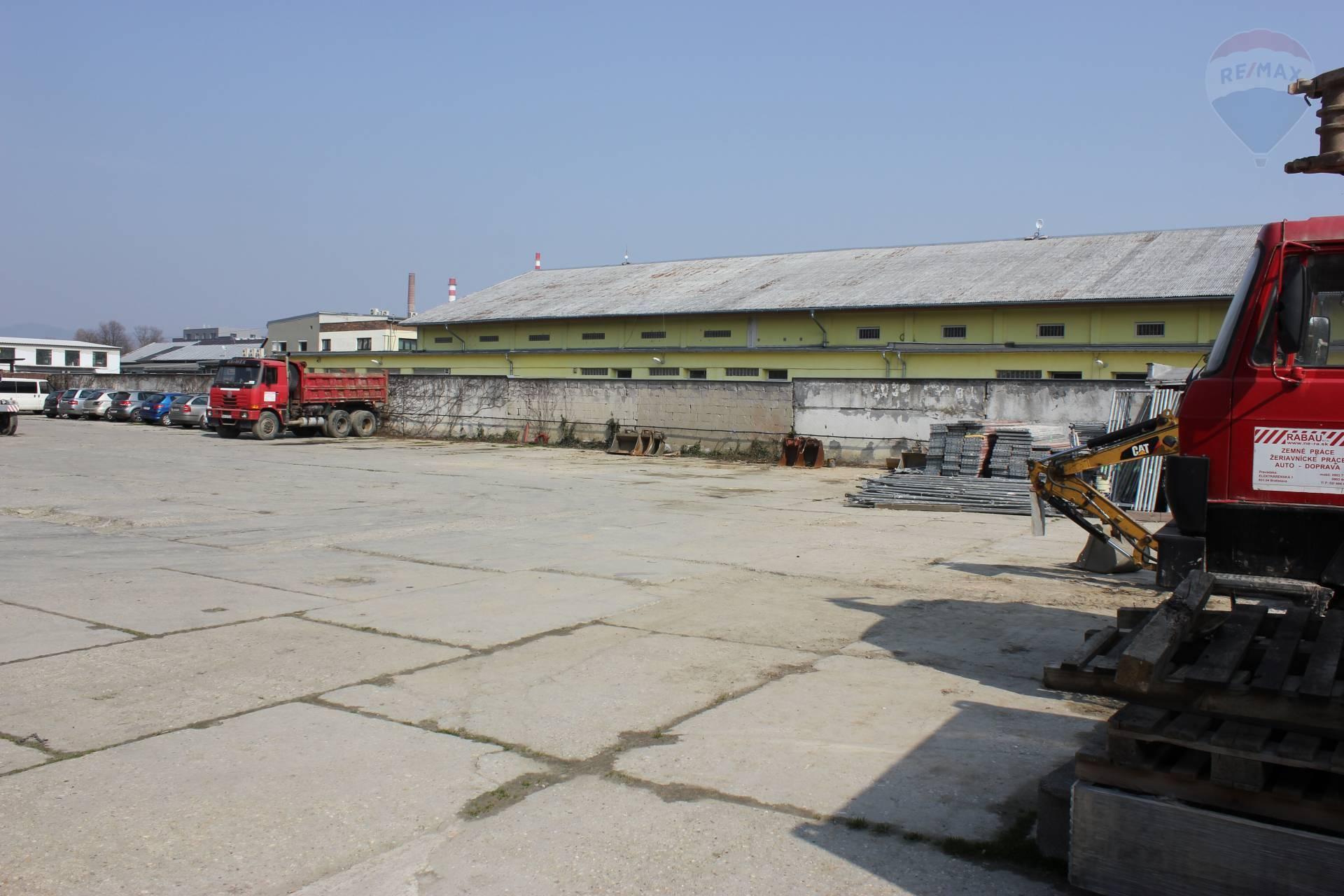 Na predaj pozemky s investyčným zamerom v obci Nové Mesto, okres Bratislava