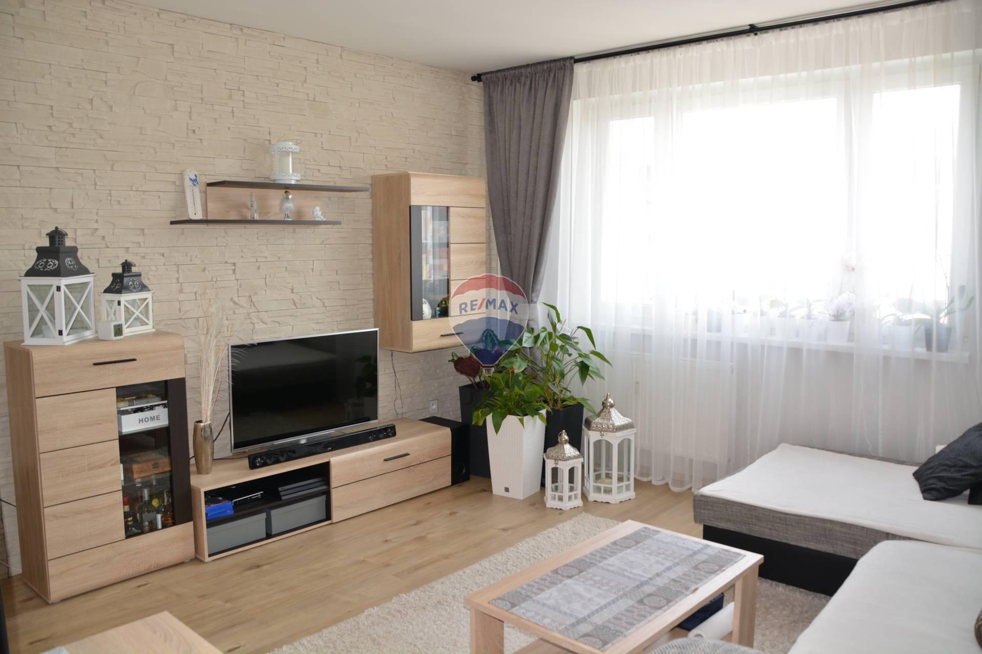 Na predaj komplet zrekonštruovaný 3 izb.byt