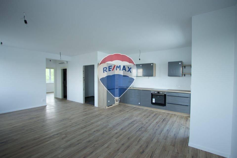 Predaj bytu (3 izbový) 81 m2, Šamorín -