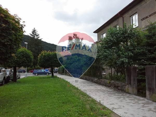 Sídlo firmy alebo bývanie ,Banská Bystrica, ul.Timravy