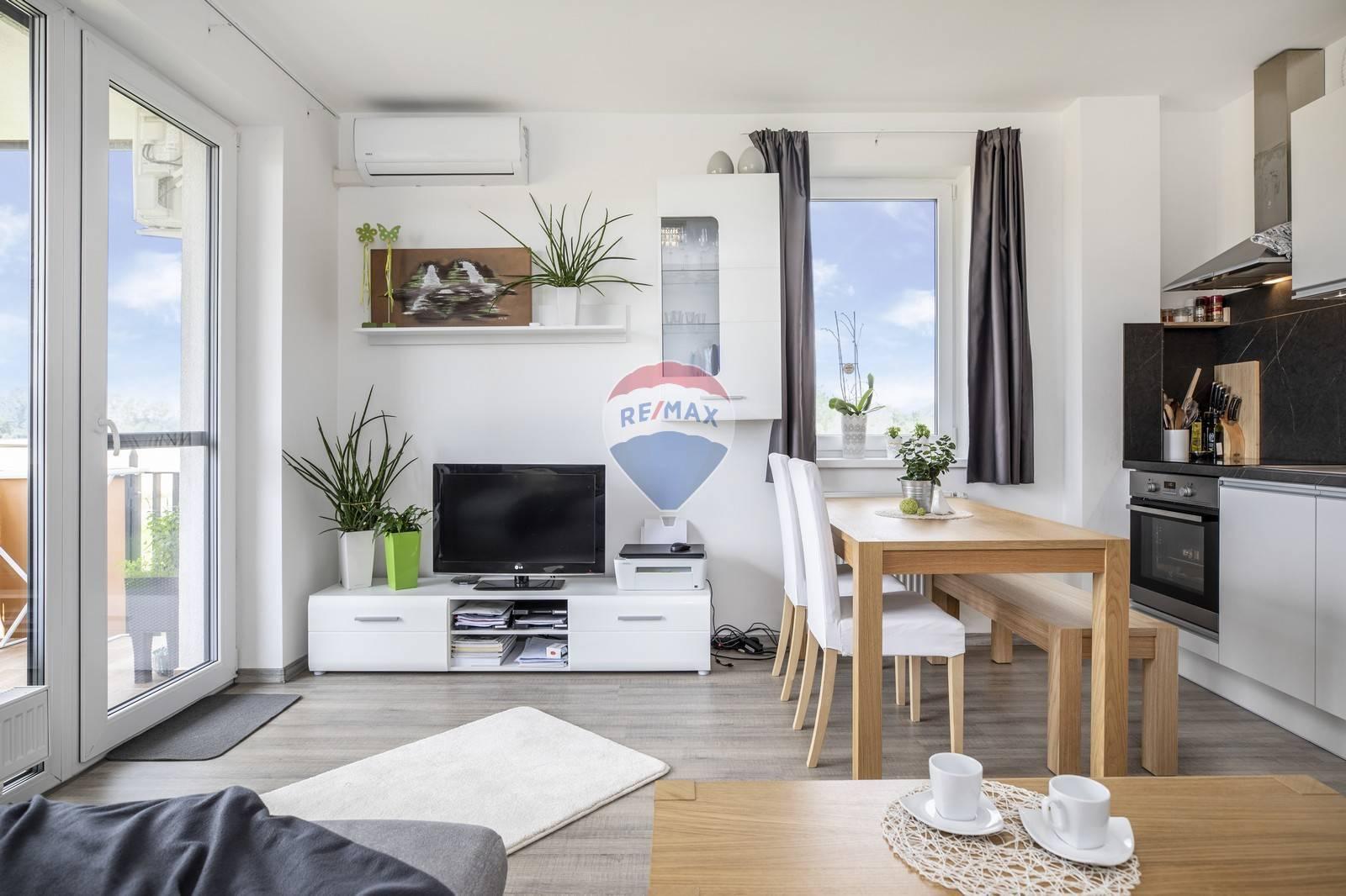 Na predaj : NOVOSTAVBA - 2 izbový byt Sídlisko Platan Šamorín