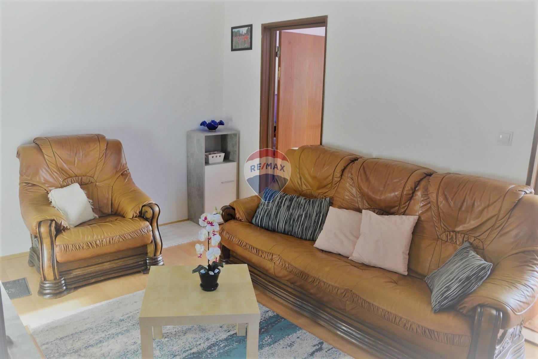 Na predaj 3 izbový byt v Pezinku