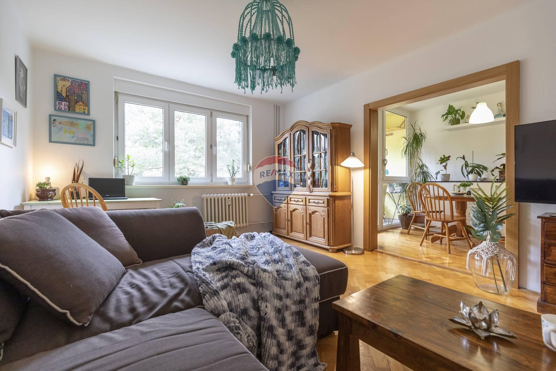 Na predaj 4 -izbový byt (73m2) -sídlisko Boriny, Dunajská Streda
