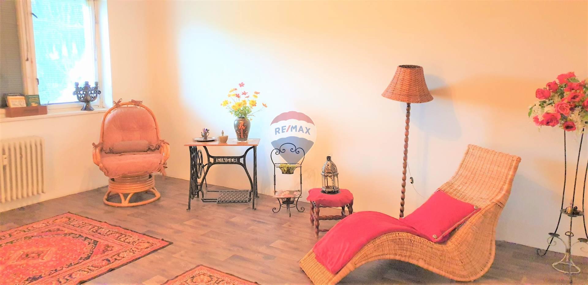 Na predaj 3 izb.byt s balkónom a so záhradkou