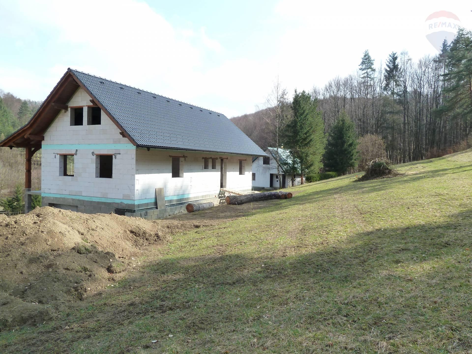 REZERVOVANÉ - Predaj domu Ilava - Iliavčanska dolina