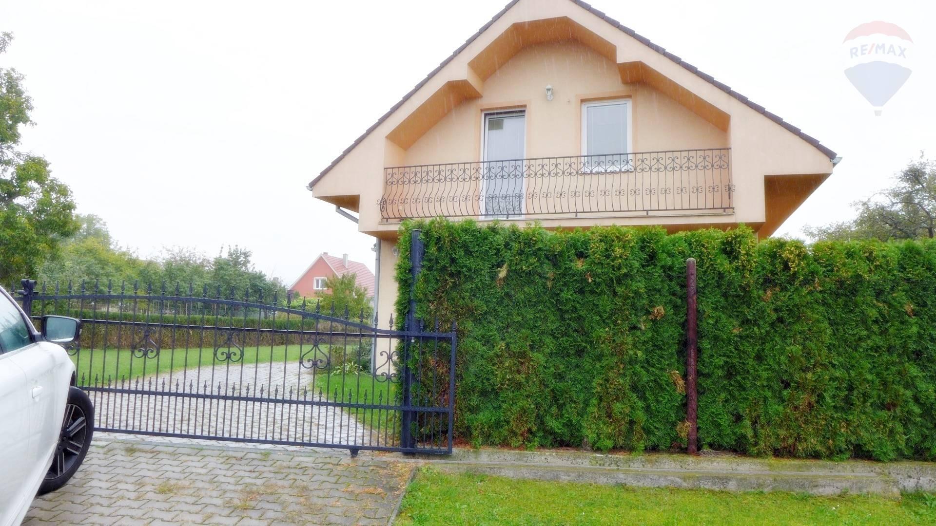 Predaj domu 110 m2, Prievidza - RD - obec Bystričany okres Prievidza na parcele 700 m2