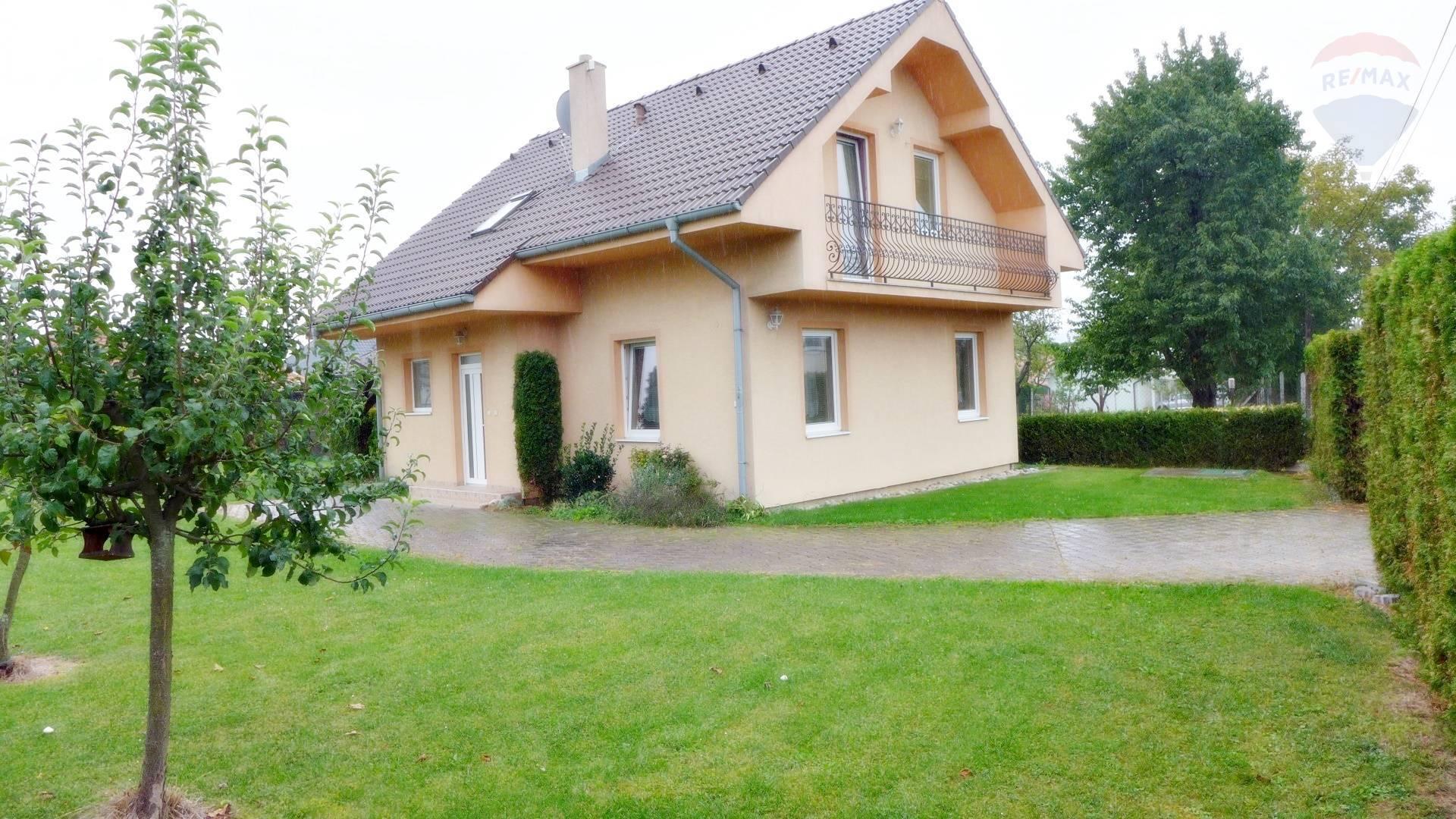 REZERVOVANÉ - Rodinný dom na parcele 700 m2 v obci Bystričany okres Prievidza