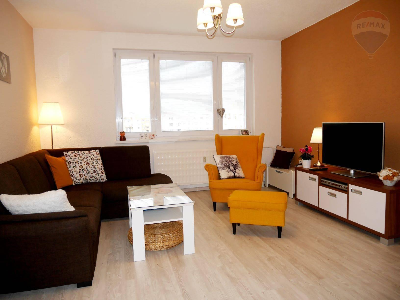 Predaj bytu (3 izbový) 70 m2, Prievidza -