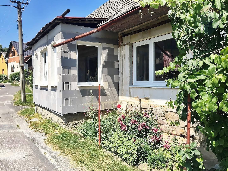 Starší rodinný dom  obec TUŽINA - Chalupa na pozemku 700 m2 okres PRIEVIDZA