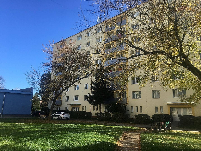 3 izbový byt s lógiou, 74 m2 ul. Š. Králika PRIEVIDZA