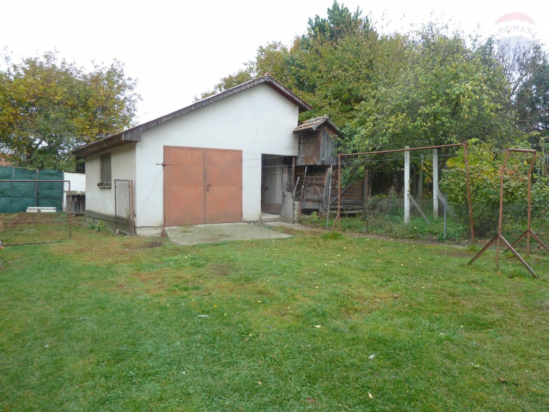 Predaj domu 200 m2, Lužany - Predaj rodinný dom Lužany