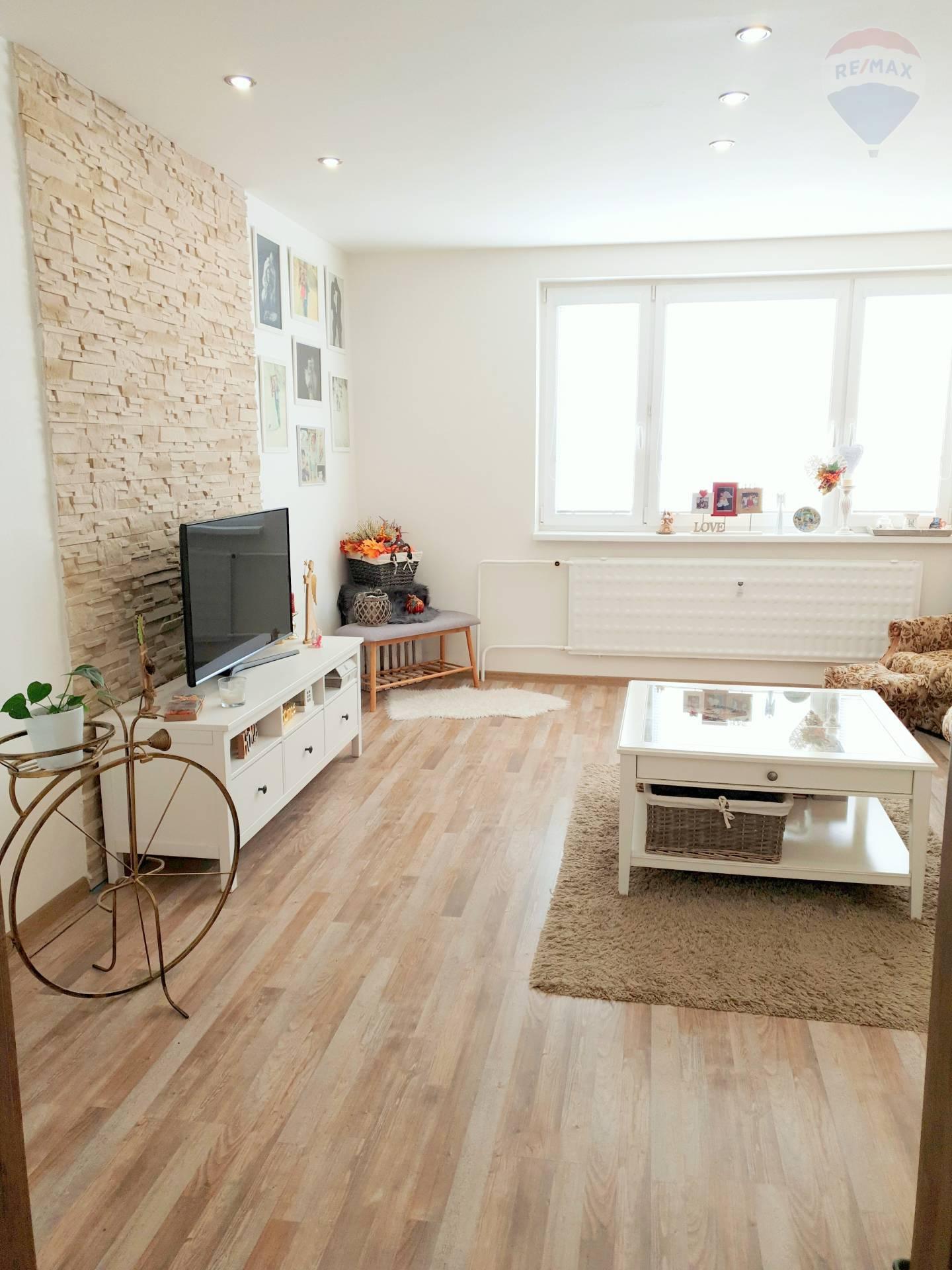 3 - izbový byt po nadštandardnej kompletnej rekonštrukcii