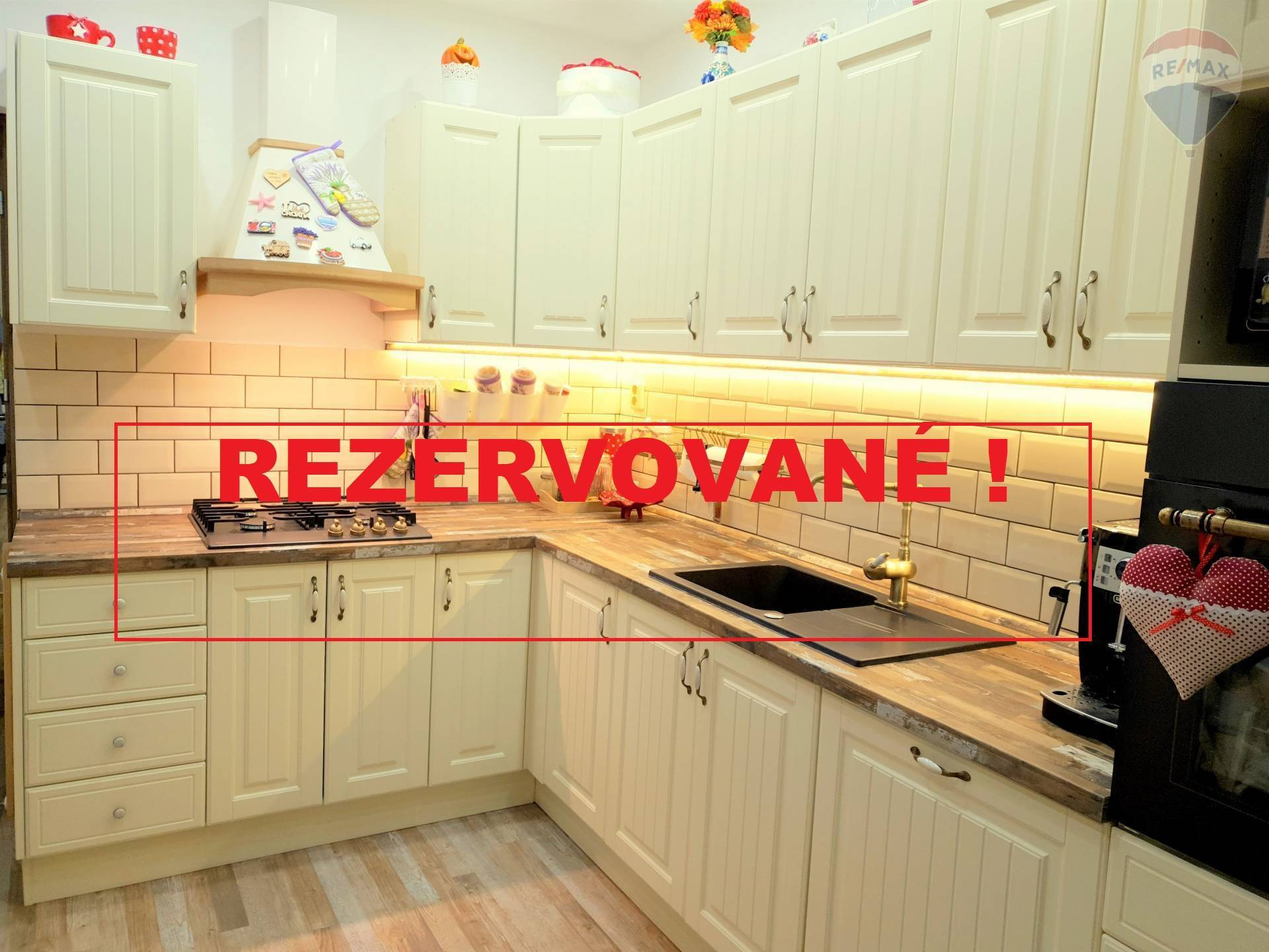 Rezervované ! 3 - izbový byt po nadštandardnej kompletnej rekonštrukcii