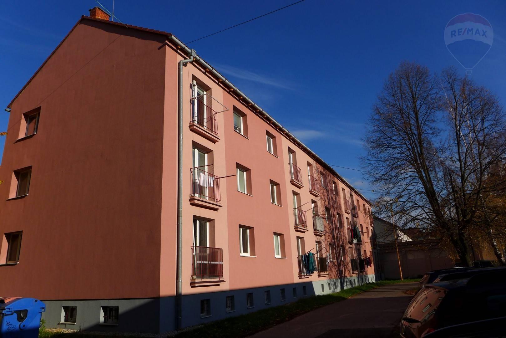 2 izbový byt, 51 m2, ul. F. Madvu - Staré sídlisko PRIEVIDZA