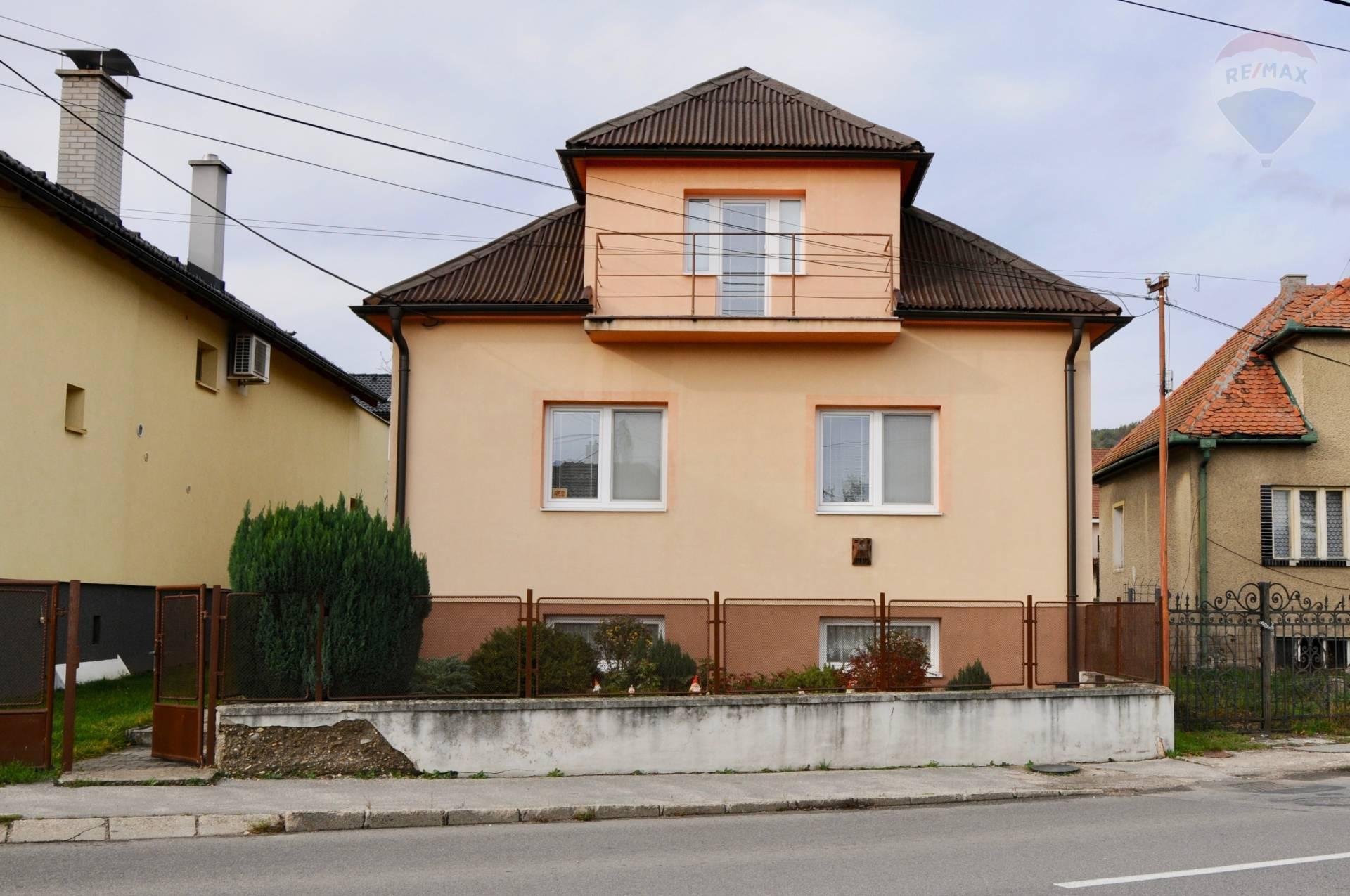 Samostatný rodinný dom v Opatovciach okr. Prievidza, neďaleko kúpeľov
